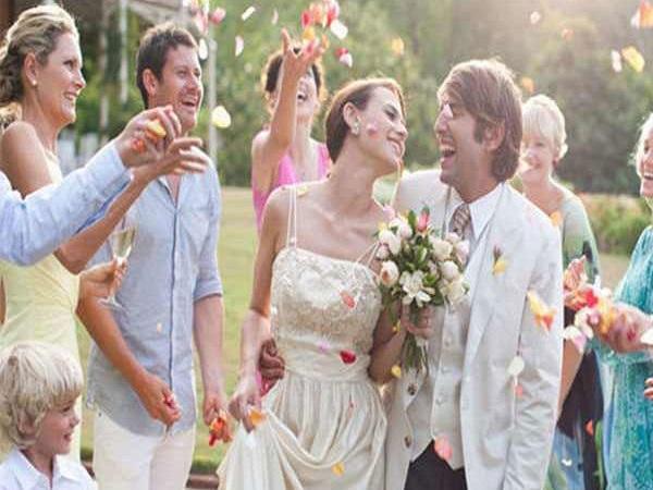 Mơ thấy đám cưới là điềm báo gì, đánh con số nào?