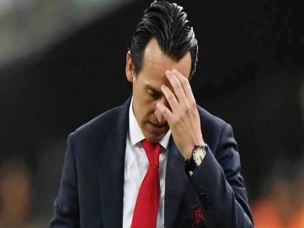 Arsenal đưa ra quyết định sai lầm khủng khiếp