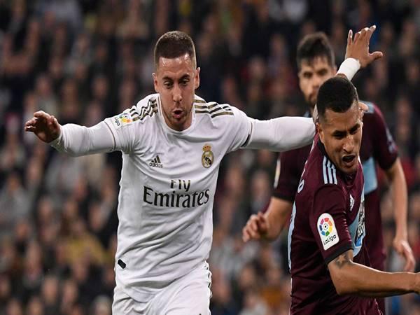 HLV Zinedine Zidane khá vui mừng với màn tài xuất của Hazard