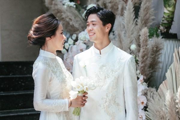 Hình ảnh trong lễ đính hôn của Công Phượng