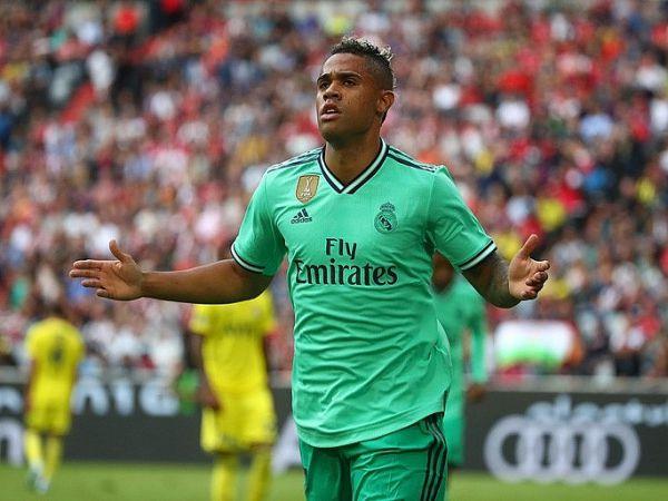 Ngôi sao Real Madrid dương tính với Covid-19