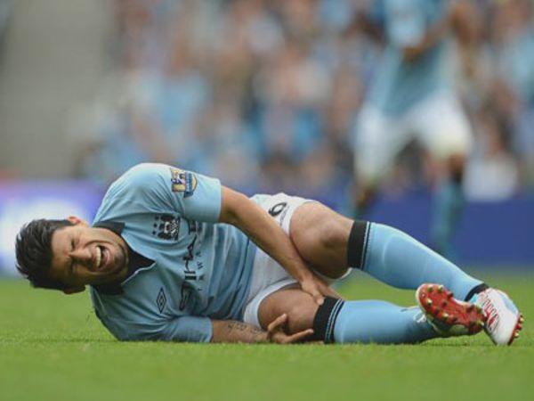 Chấn thương đầu gối khi đá bóng