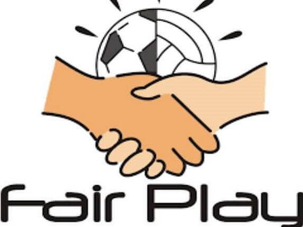 Fair play là gì? Luật fair play áp dụng như nào trong bóng đá?