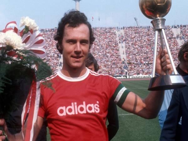 Franz Beckenbauer là ai? Thông tin về 'Hoàng đề bóng đá'