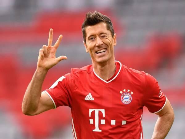 Tin bóng đá Đức 4/5: Zahavi yêu cầu Bayern nâng lương cho Lewy