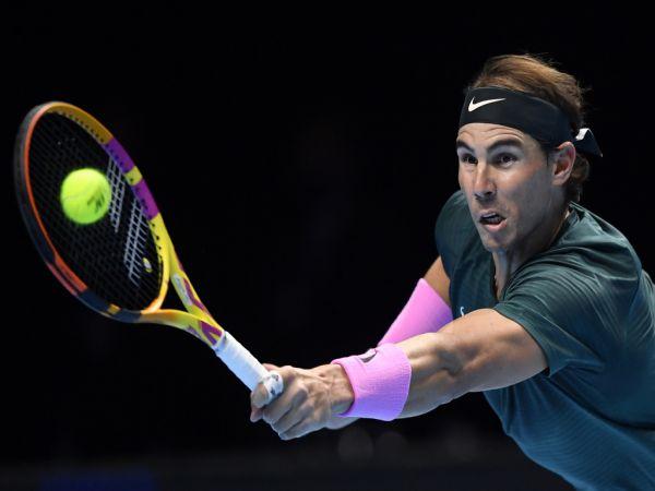 Bài tập khởi động tennis phù hợp với mọi đối tượng